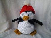 Pinguino freddoloso amigurumi