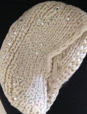 fascia scalda orecchie in lana bianca