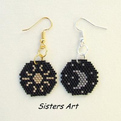 """Orecchini """"Il sole e la luna"""" realizzati con perline Miyuki delica"""
