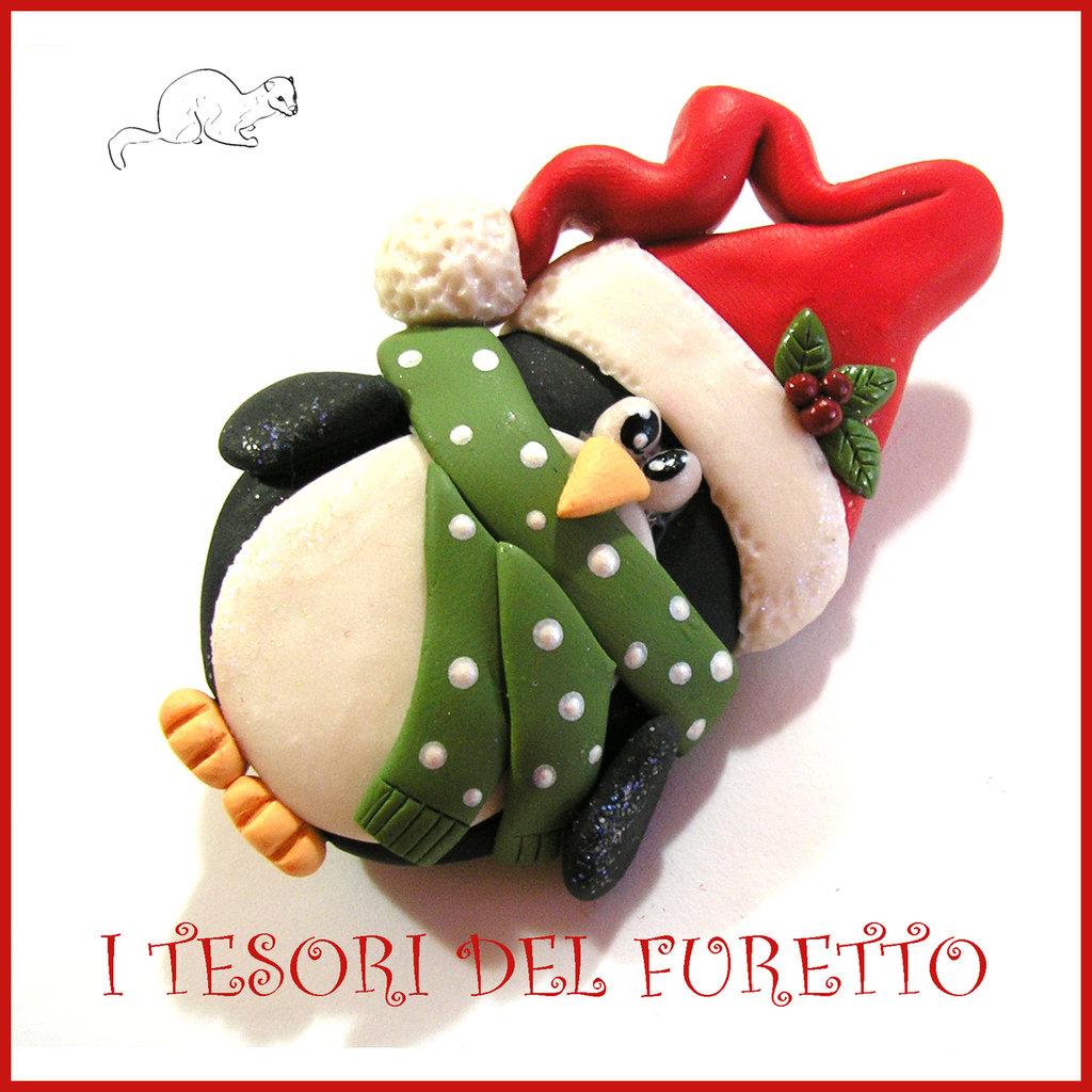 """Spilla Natale 2016 """" Pinguino """" segnaposto personalizzabile nome idea regalo pin cappotto sciarpa natalizia ide regalo Kawaii handmade economica"""