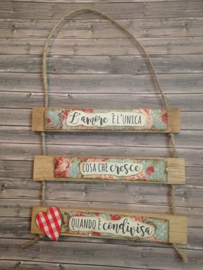 Targa in legno da appendere in casa o come fuoripista for Nomi in legno da appendere