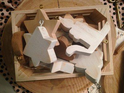 Set 13 decorazioni natalizie in legno per albero o come chiudipacco