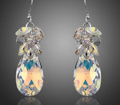 Orecchini con cristalli swarovski elements originali color crystal (trasparente aurora boreale) idea regalo per lei