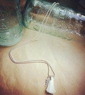 Collana lunga catena palline Argento 924,charm Piuma Argento 925, nappina bianca