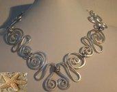 """Collana wire """"MARINARA"""" in alluminio battuto"""