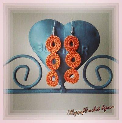 Orecchini pendenti cerchietti arancioni, uncinetto