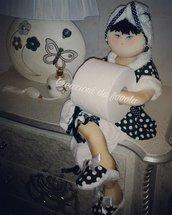 Bambola portarotolo biancaneve
