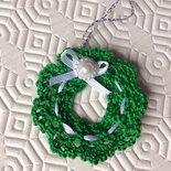 Ghirlanda natalizia chiudipacco decorazione fatta a mano all'uncinetto