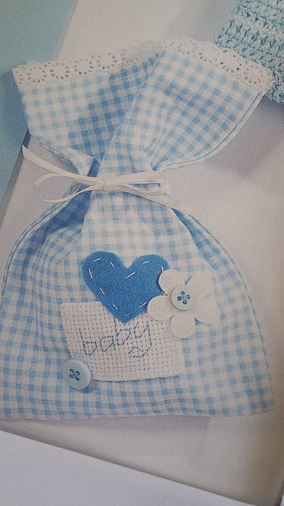 Sacchetti per confetti Battesimo ricamati a punto croce, Sacchetti porta confetti Nascita