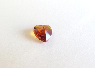 Pendente sfaccettato a forma di cuore  ambra   CIO56
