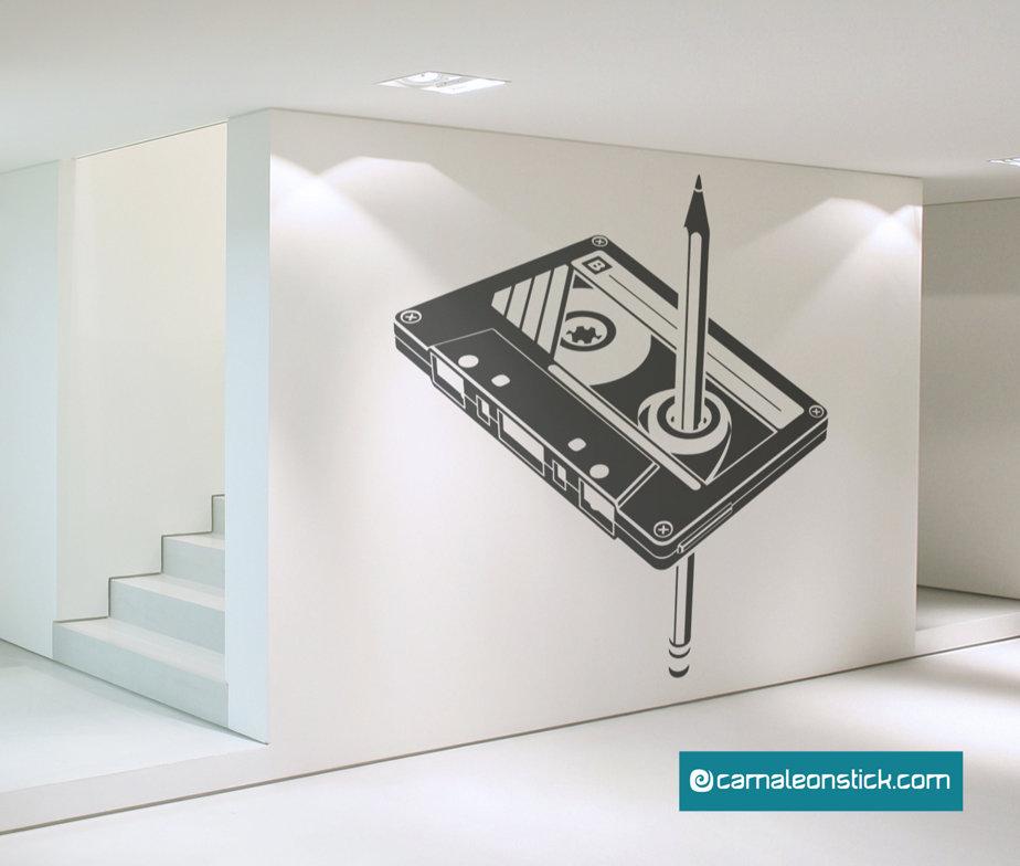 cassetta e matita - adesivo murale musicassetta - sticker da parete