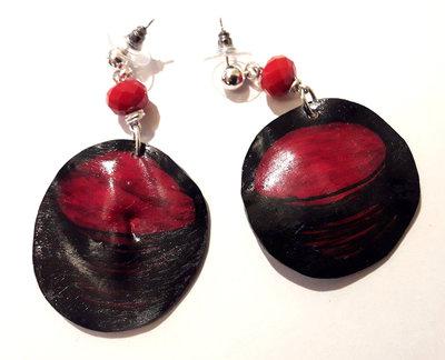 Orecchini rosso e nero