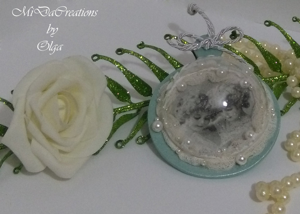 Mezzasfera-medaglione in stile ,,Vintage,,