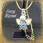 SAZY ANGEL: Ciondolo Angioletto in tessitura di perline con cordoncino dorato