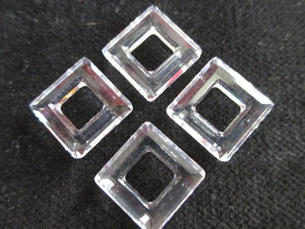 Square Ring Cristallo Swarovski mis 14 mm colore Crystal