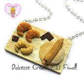 Collana Vassoio - Tagliere con impasto cornetti - croissant - mattarello e cioccolata