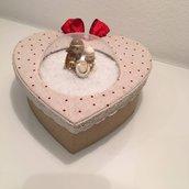 scatola cuore con presepe