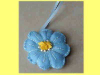 Portachiavi fiore pannolenci