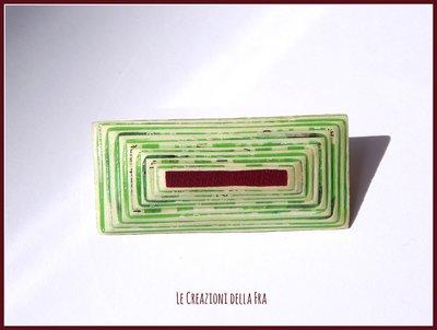 Spilla rettangolare IN CARTONCINO RICICLATO - verde, bianco e bordeaux