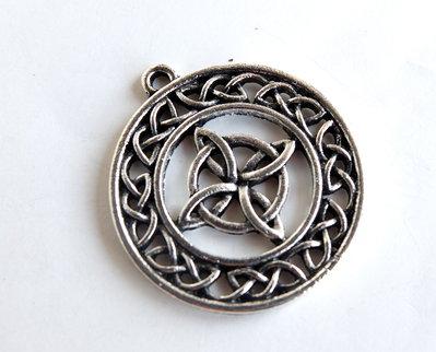 1 Pendente con nodo celtico CIO160