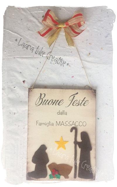 Fuoriporta natalizio in legno con scritta Buone feste Personalizzabile con nomi