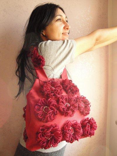 Borsa in tessuto con applicazioni in lana