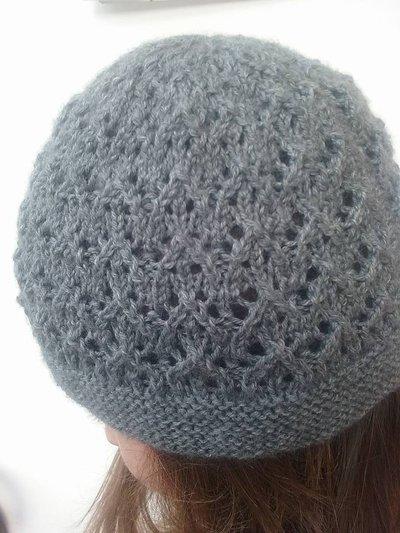 Cappello in lana grigia