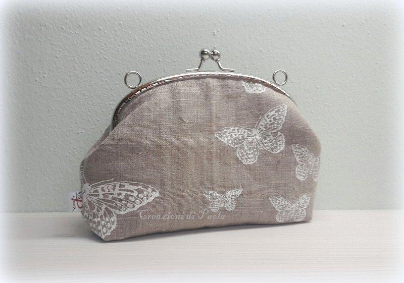 Borsellino con chiusura metallica in lino con farfalle