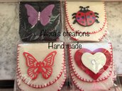 Portamonete artigianale in feltro cucito e realizzato a mano