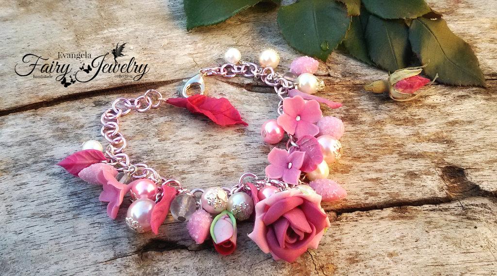 Bracciale rose fiori rosa fucsia perle alluminio fimo pasta polimerica modellato a mano handmade