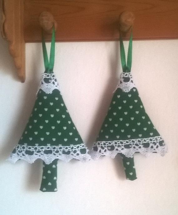 Addobbi albero di Natale, albero in stoffa verde con cuori bianchi, addobbi natalizi, decorazioni natalizie