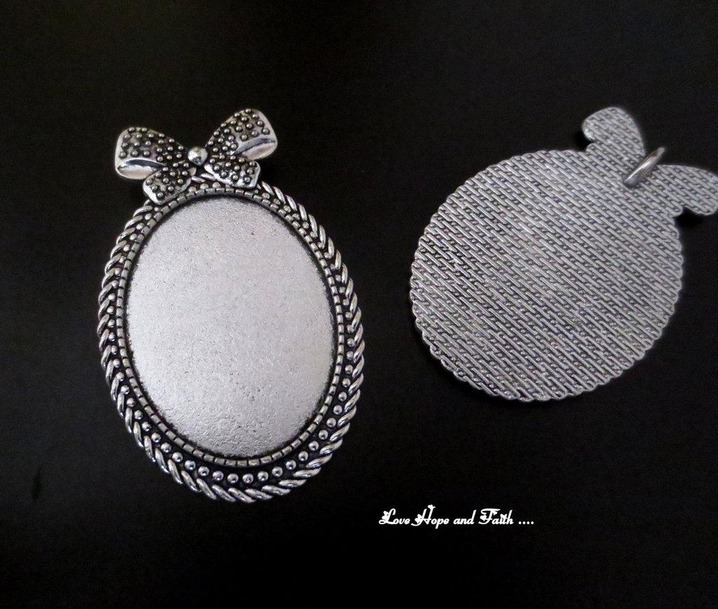 NOVITA'! Base cabochon color argento (bcod.431)