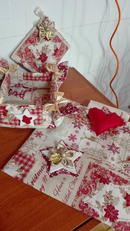 completo in stoffa natalizia