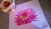 Copricuscino floreale a punto croce su tela aida