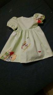 vestito verde chiaro per le bambole
