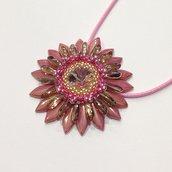 Medaglione Corolla floreale rosa e oro