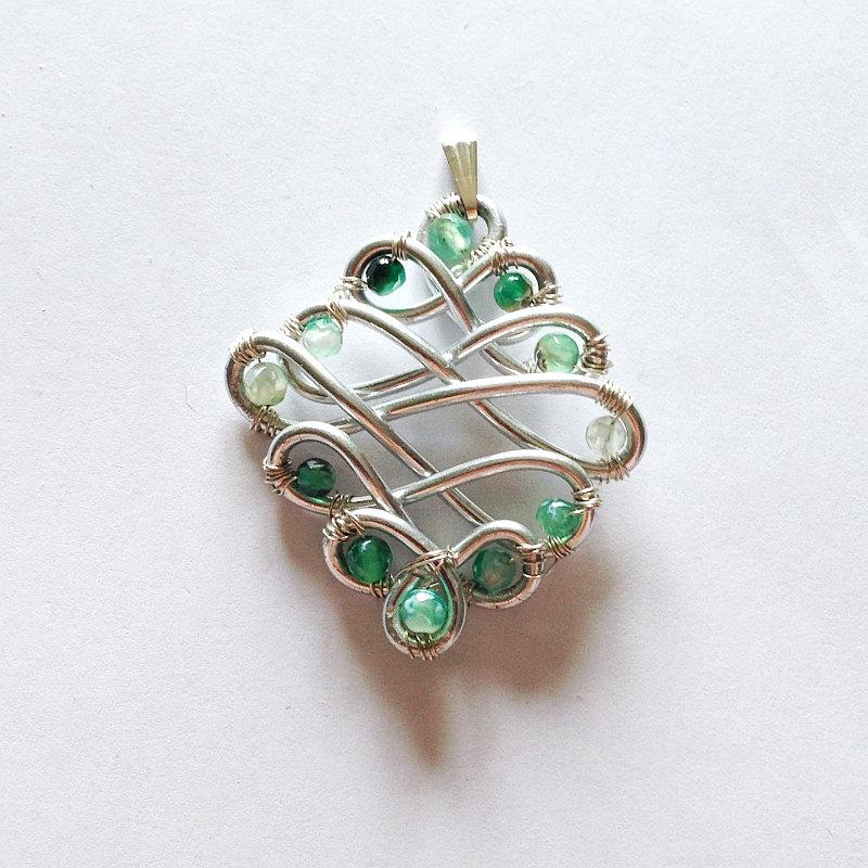 Ciondolo agata di fuoco verde in alluminio