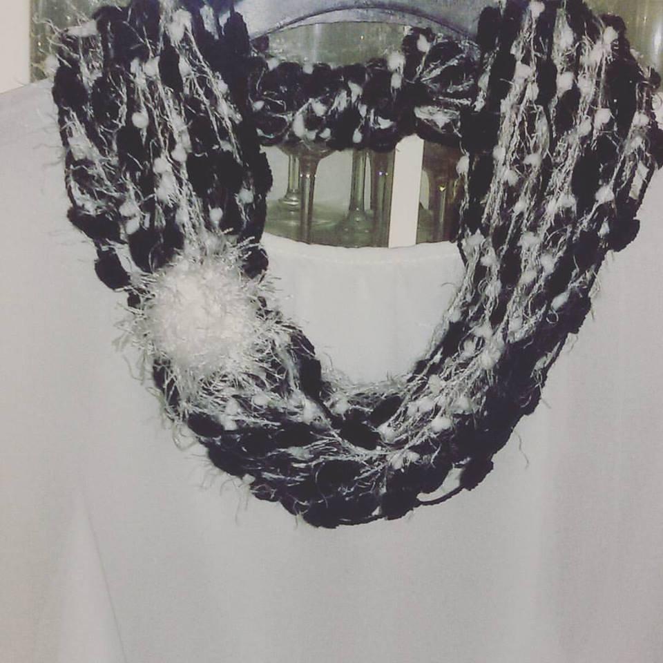 Sciarpa  collana scaldacollo handmade