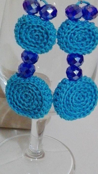 Orecchini color turchese