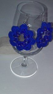 Orecchini fiore blu