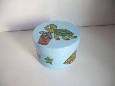 scatola azzurra tartaruga
