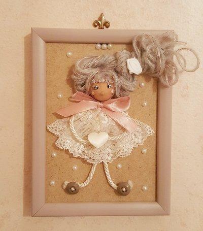 Quadretto con bambolina