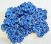 10 Mini Fiori a uncinetto per applicazioni / Set di 10 fiori /Scrapbooking / Fiori blu fiordaliso.