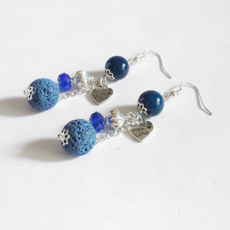 Orecchini blu lava con ciondoli