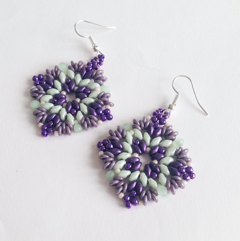 Orecchini Vega in viola e verde