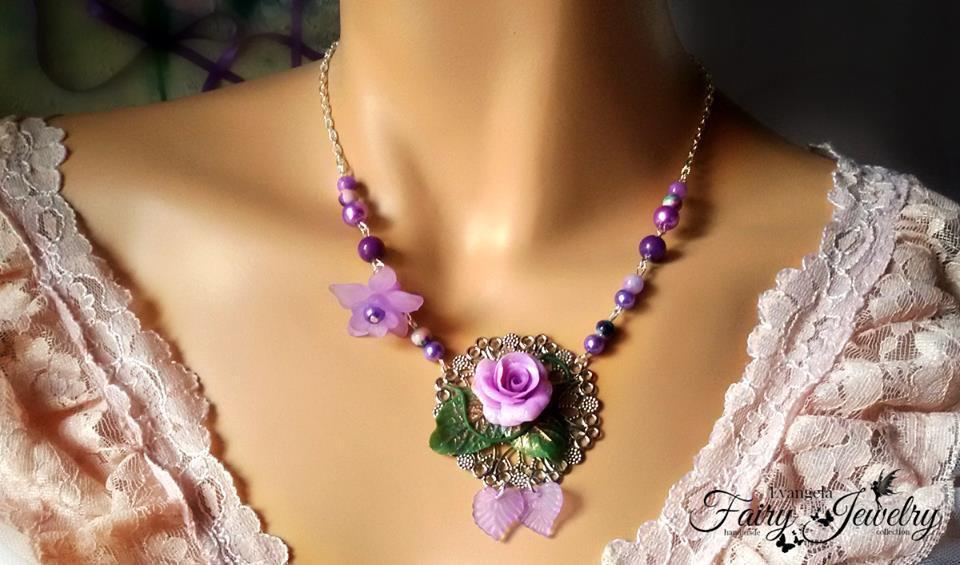 Collana rosa fiore fimo pasta polimerica lilla viola filigrana fatta a mano