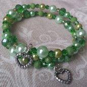 Bracciale memory wire perline e cristalli verdi