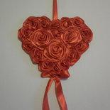 REGALO SAN VALENTINO, rose rosse, cuore di stoffa