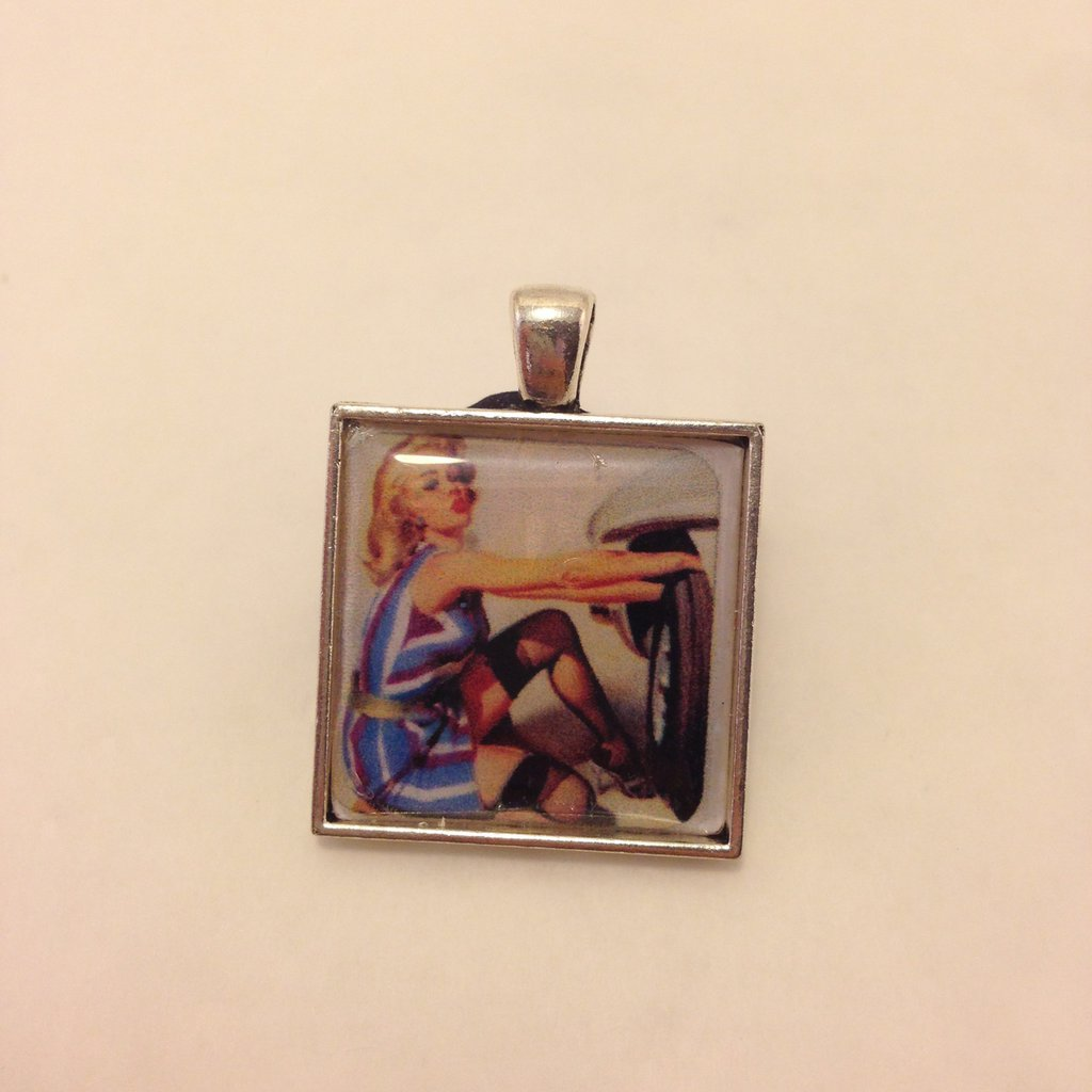 Pin Up Cambio Gomme  Cammeo color argento