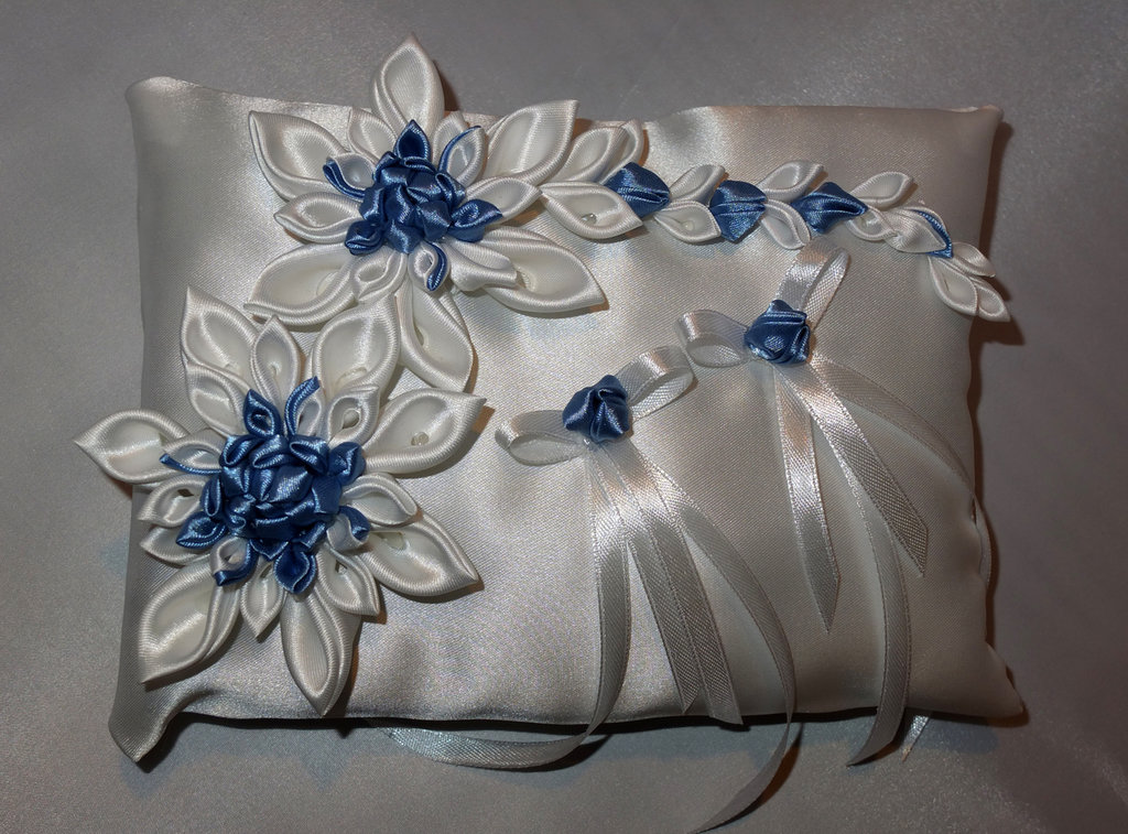 Matrimonio Colore Azzurro : Cuscino portafedi con colore azzurro feste matrimonio